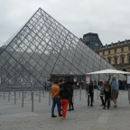 My last hours in Paris: reflections at the Louvre Museum